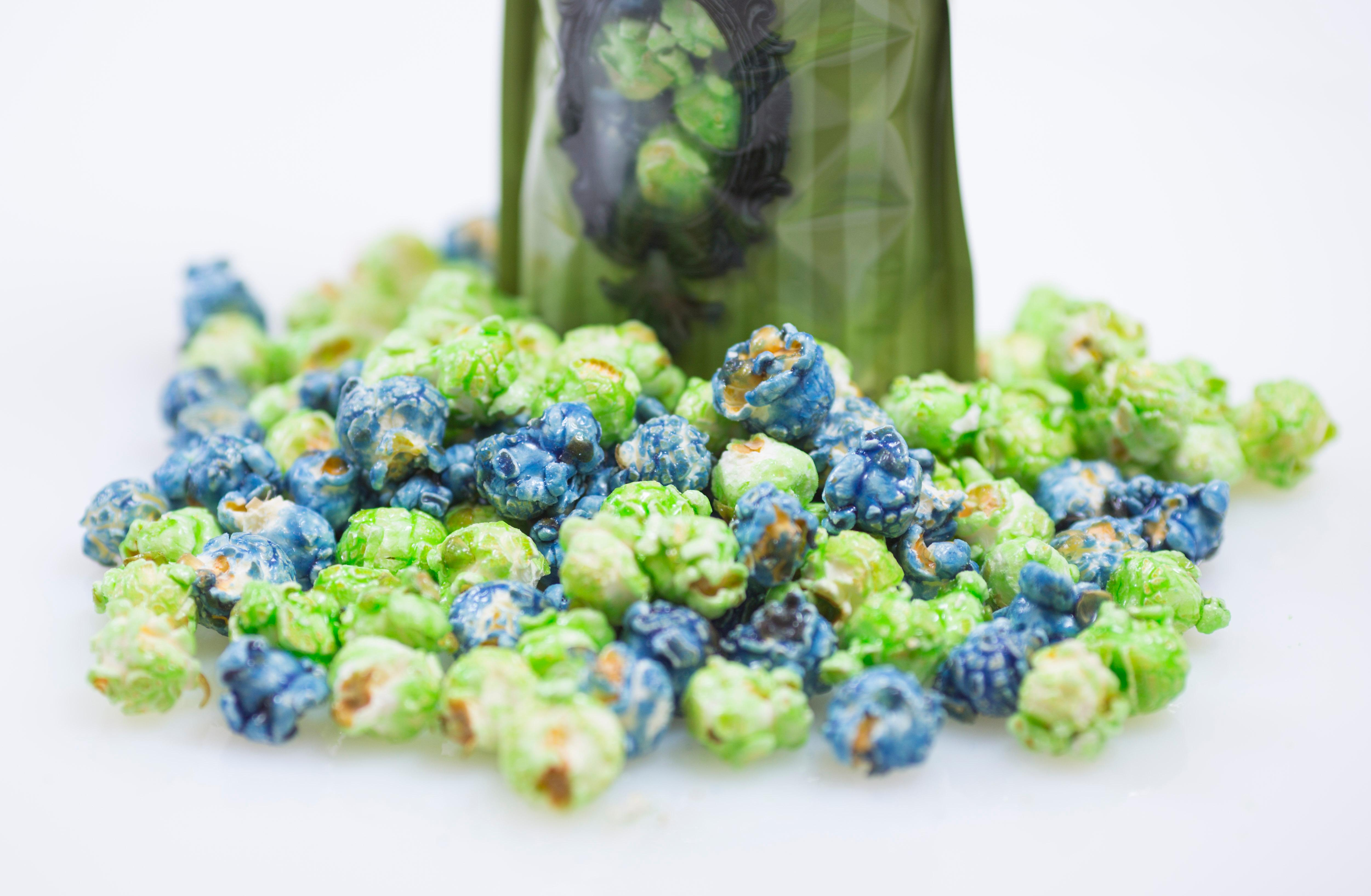 As the 2017 Seahawks season is now upon us, we thought it we be great to share a bunch of Seahawk-themed goodies that we found from local bakeries that you can buy and bring to your next tailgate party. Gourmet popcorn maker KuKuRuZa makes the 12th Corn, a lime and blueberry treat that's gluten free and vegan friendly! (Sy Bean / Seattle Refined)