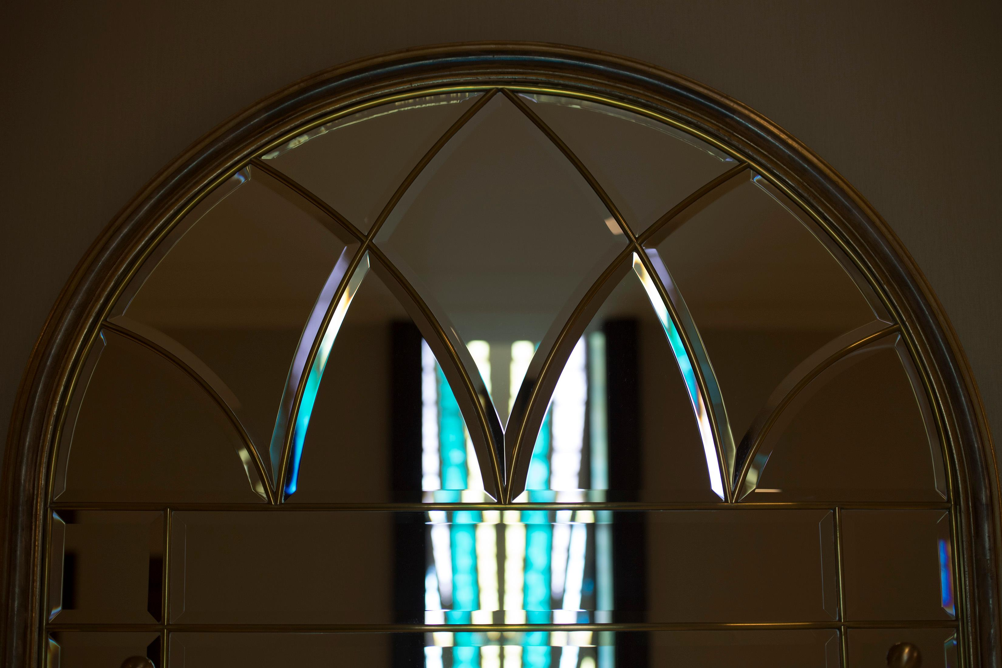 Artisan windows are in many locations in the Jordan River Utah Temple. ©2018 BY INTELLECTUAL RESERVE, INC. ALL RIGHTS RESERVED.