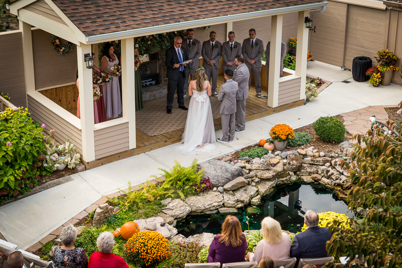 Weller Haus has room for modestly sized outdoor weddings. / Image: Wayne Litmer Photography // Published: 1.8.21