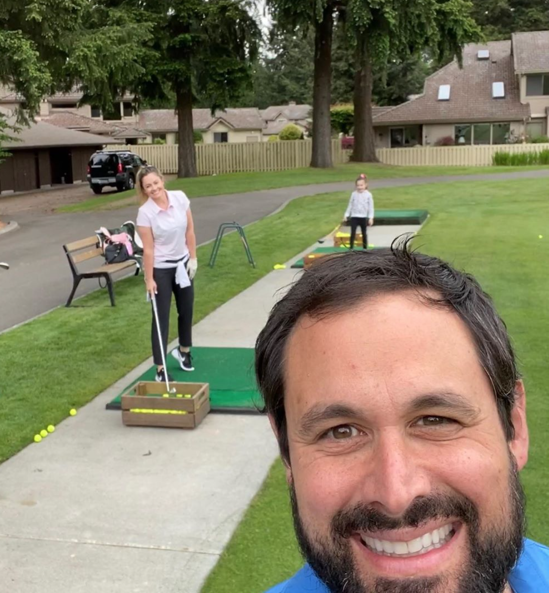 Local couple Jason and Molly Mesnick found love on Season 13 of ABC's 'The Bachelor.' Married more than 10 years, the enjoy playing golf and raising their two kids in the PNW. (Image: Jason and Molly Mesnick)