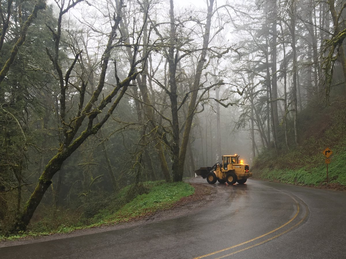 Slide on the Historic Columbia River Highway on Monday, April 8 - Photo from the Multnomah County Sheriff's Office.jpg