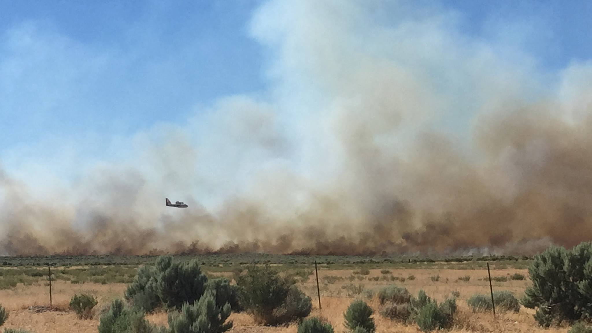 An air resources responds to the Long Valley Fire in Lassen County, California on Tuesday, July 11, 2017 (Photo: Lassen County Sheriff's Office)
