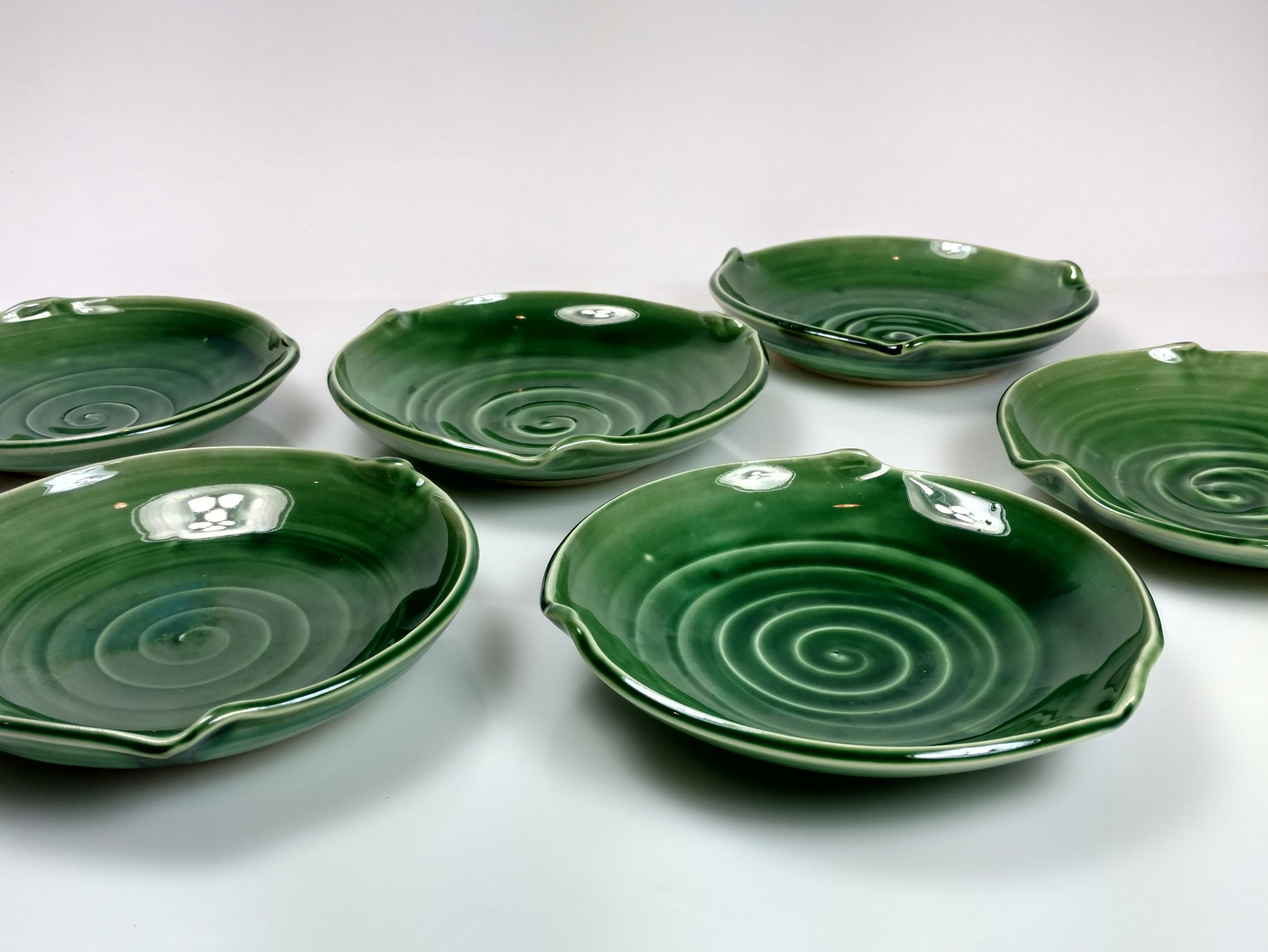 Small Green Wave Plate by Hollow Work // Price: $28 each // Buy online // www.hollowwork.com // (Image: Hollow Work)