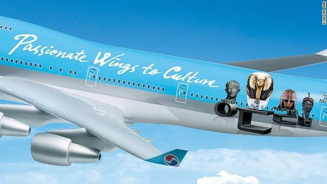 In 2009, Korean Air created a livery celebrating its sponsorship of London's British Museum. The livery depicted an Egyptian golden coffin mask and an Anglo-Saxon helmet, among other of the museum's exhibits.