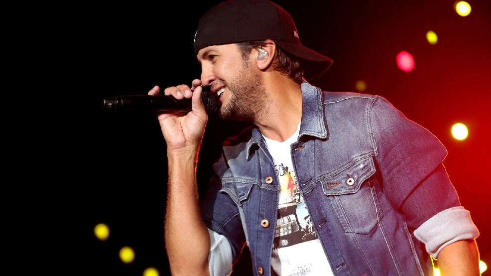 Luke Bryan quit partying to prepare for Super Bowl
