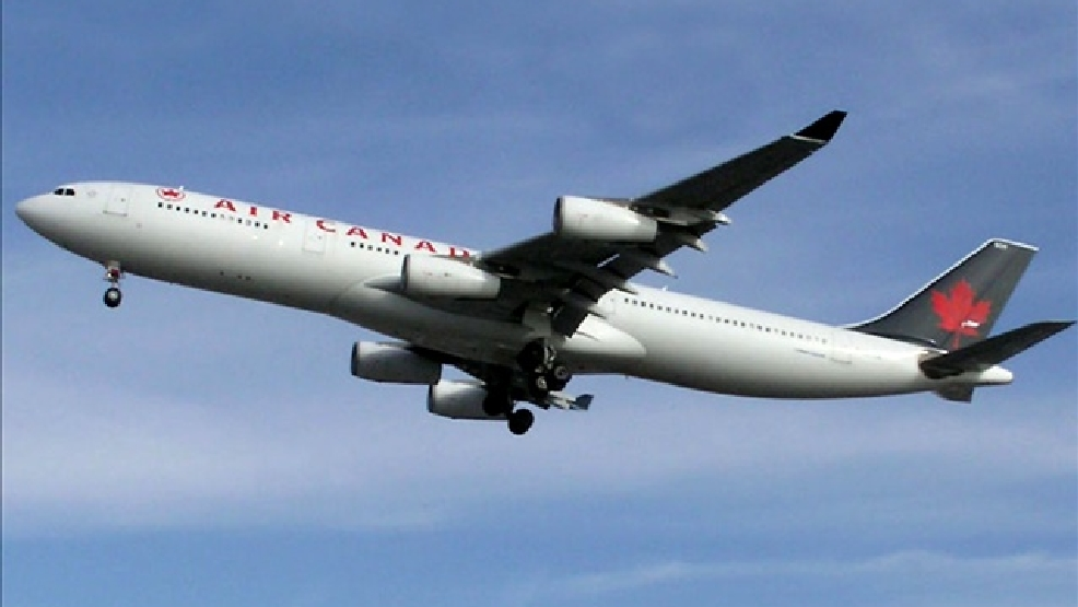 Air Canada Airplane (Photo Credit: Courtesy: Arpingstone)