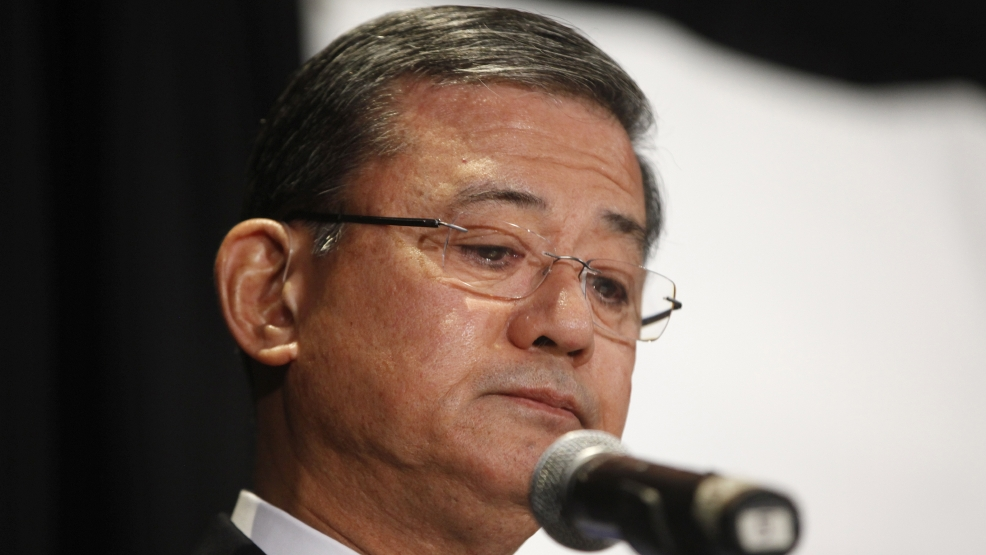 Veterans Affairs Secretary Eric Shinseki pauses as he speaks at a meeting of the National Coalition for Homeless Veterans, Friday, May 30, 2014, in Washington. (AP Photo/Charles Dharapak)