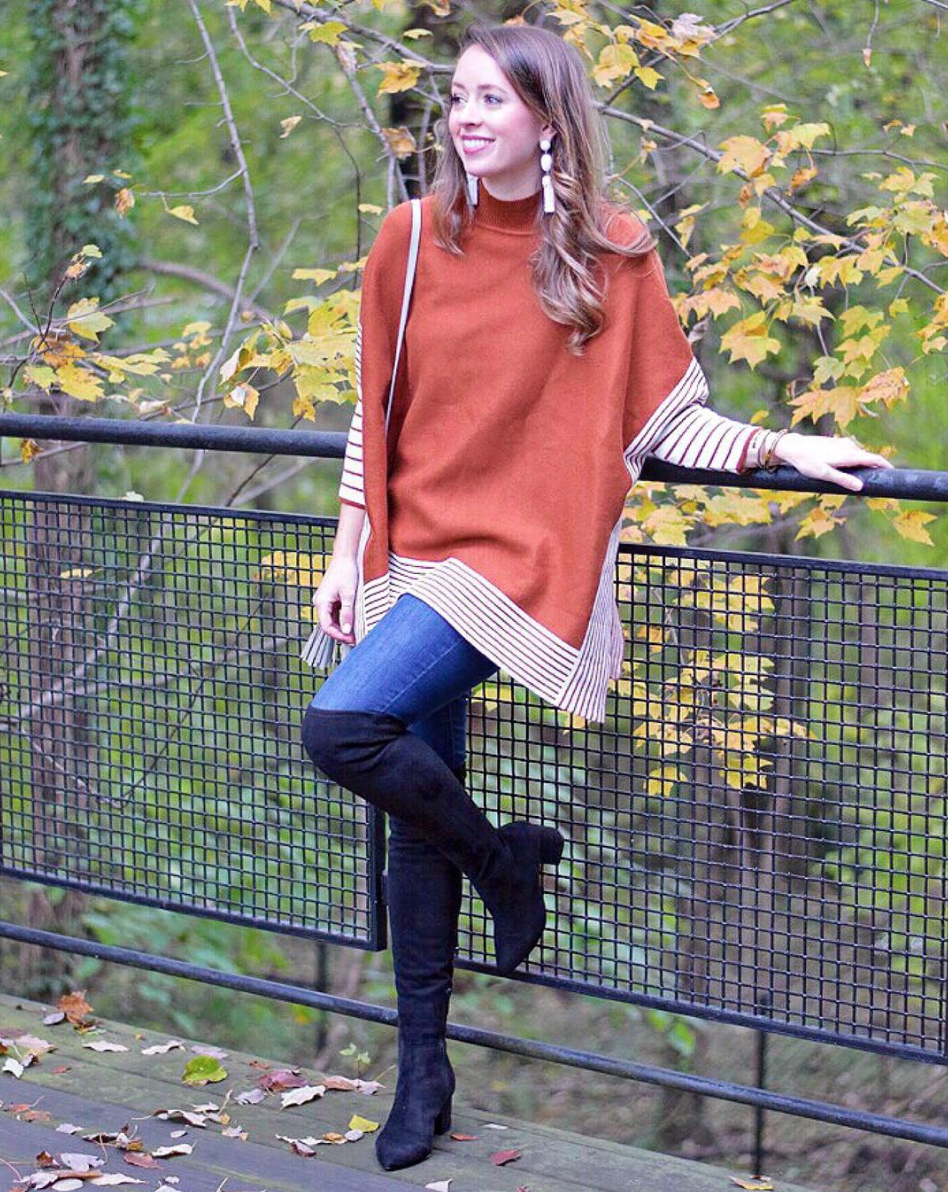 Is now the time to bring back the poncho? This knit number is making a compelling case.{ }(Image via @jennrog)