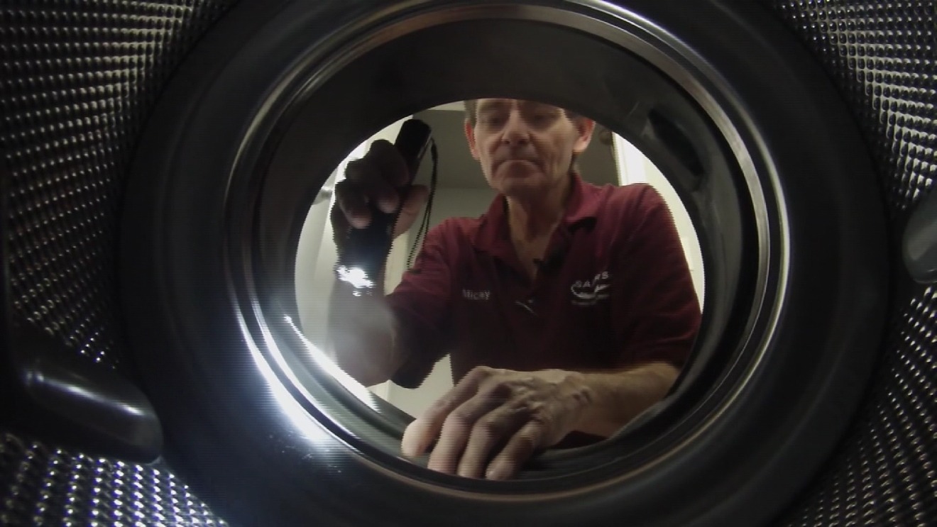 Owners of front-loading washing machines might encounter mold growing in their machines. (Photos: CBS Austin)