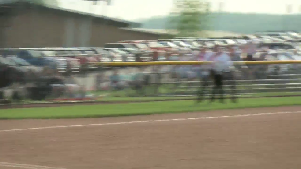 5.7.19 Highlights - Oak Glen softball falls in extra innings of sectional final