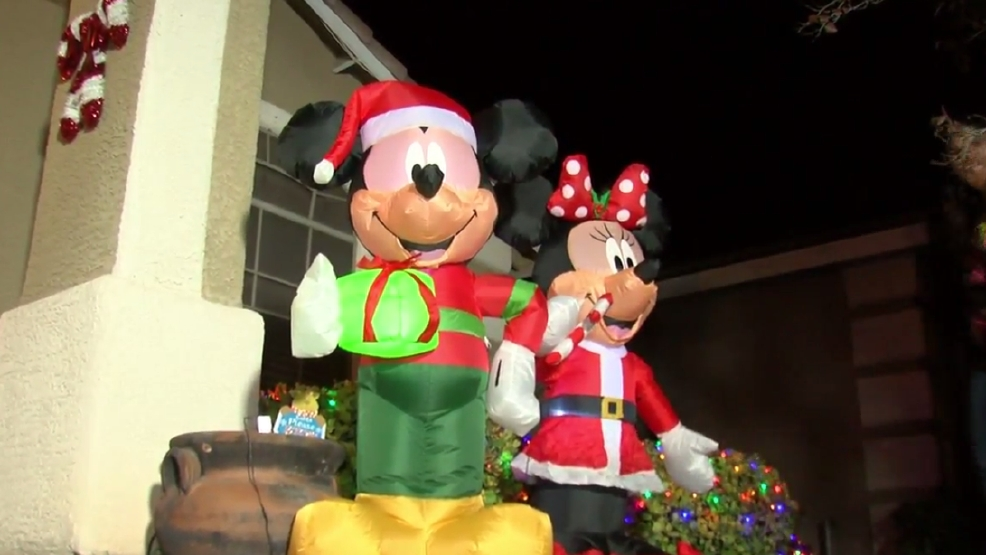 Happy ending after real life grinches caught on tape for Yard statues las vegas