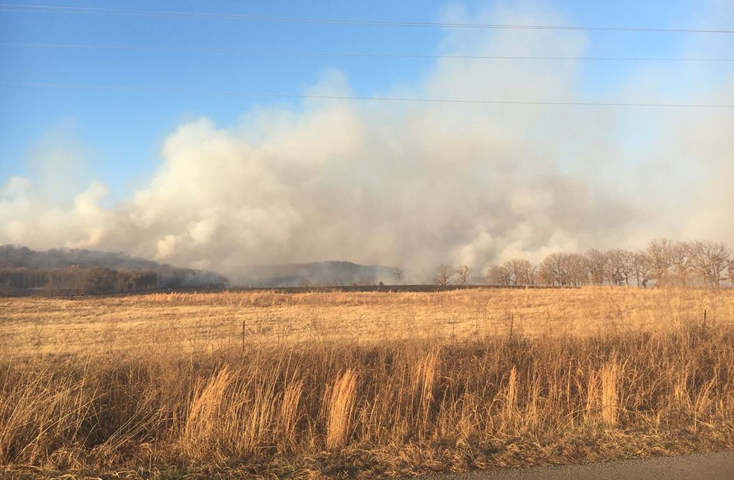 Large grass fire in Weleetka spans miles to Wetumka (KTUL)
