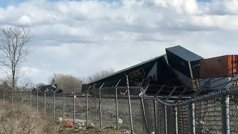 High winds derail CSX freight train in Batavia | WHAM
