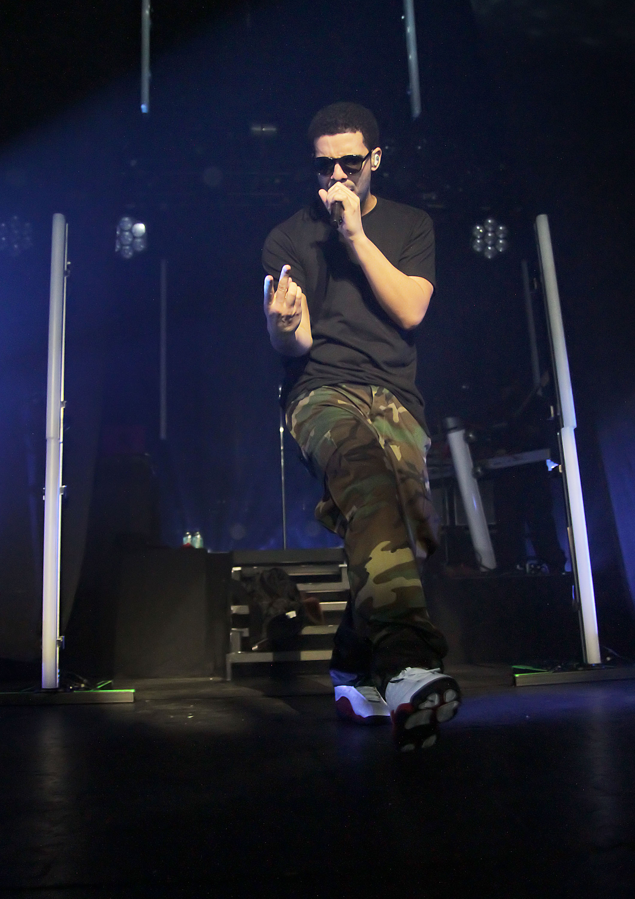 Canadian rapper, Drake, aka Aubrey Drake Graham performing at Manchester Apollo.                  Manchester, England - 11.01.11                                    Where: Manchester, United Kingdom                  When: 11 Jan 2011                  Credit: WENN