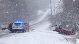 Spring snowstorm hits Maine, creates tricky travel conditions