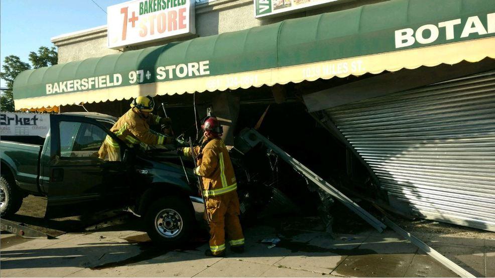 Pickup Slams Into Front Of Bakersfield Businesses Kbak