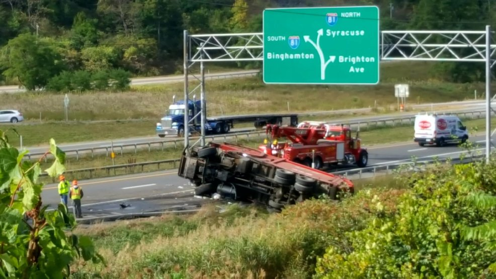 Overturned truck on 481 southbound causes lane closure