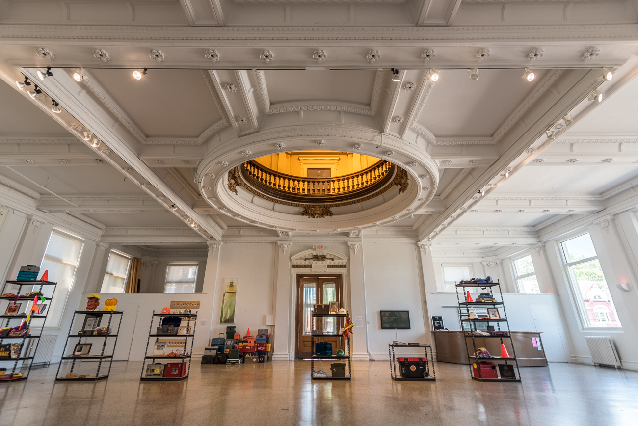 Built in 1904 and funded by philanthropist Andrew Carnegie, the former public library hosts many impressive architectural features, including an amber dome that overlooks a circular second floor balcony above its main gallery space. / Image: Phil Armstrong, Cincinnati Refined // Published: 5.18.17