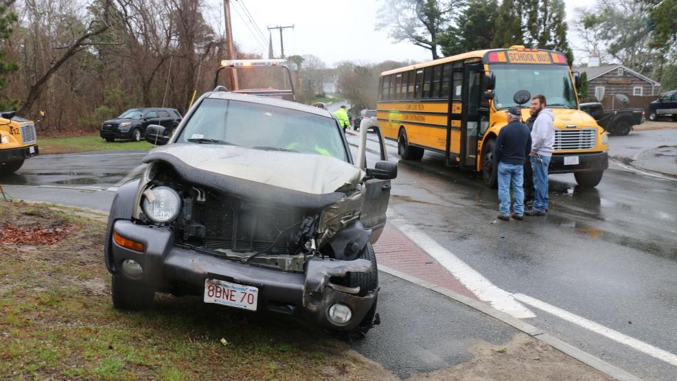 Suv School Bus Crash On Cape Cod Wjar