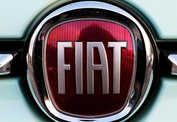 Auto union opens talks with Fiat Chrysler; strike possible