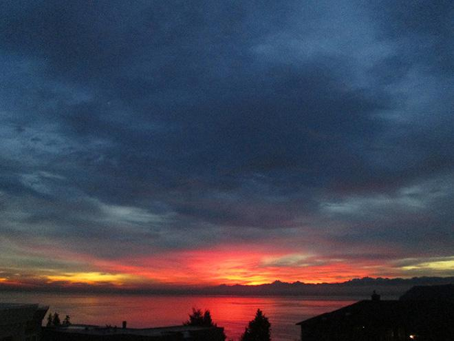 Mukilteo Sunset (Twitter user @whidbey_joan)