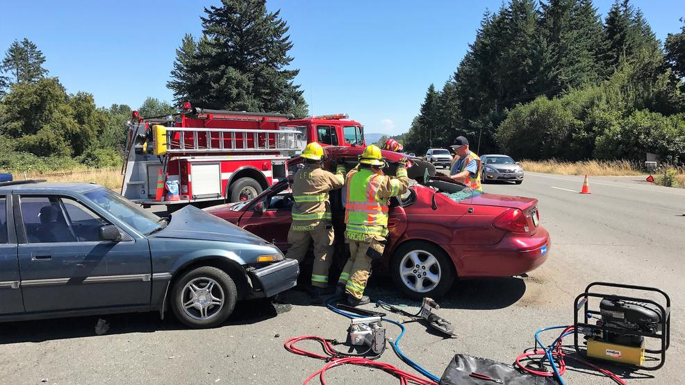 Crash sends driver to hospital, slows traffic between Lebanon and