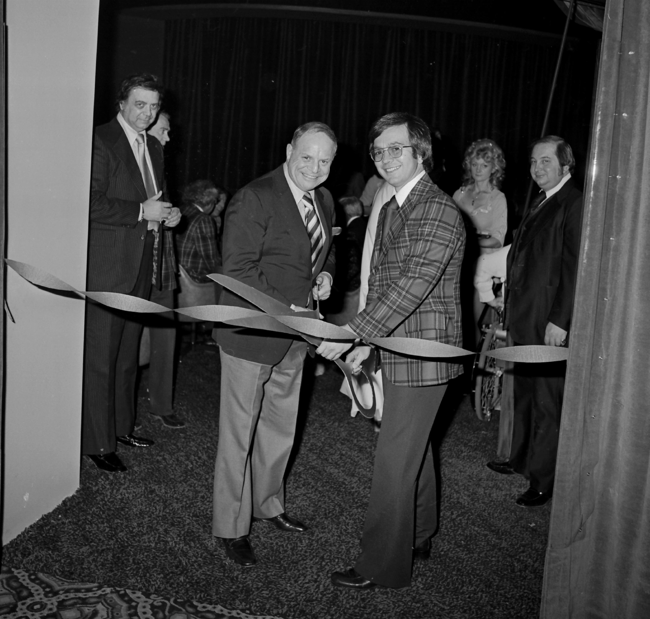 Don Rickles at the Sahara Lounge opening on Dec. 25, 1976. [Las Vegas News Bureau file photo]