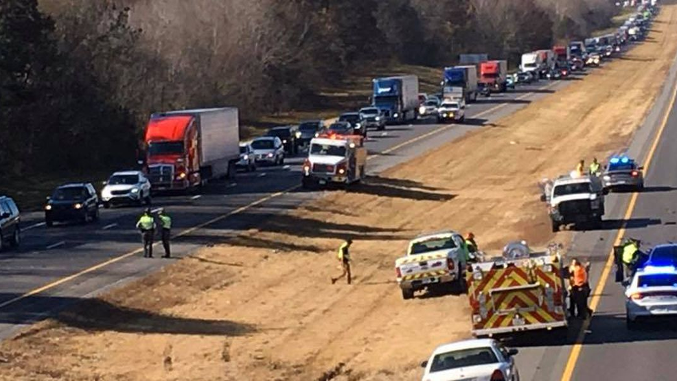 Traffic moving slowly due to multi-vehicle crash on I-24 in Marshall Co., Ky. (Source - KYTC).png