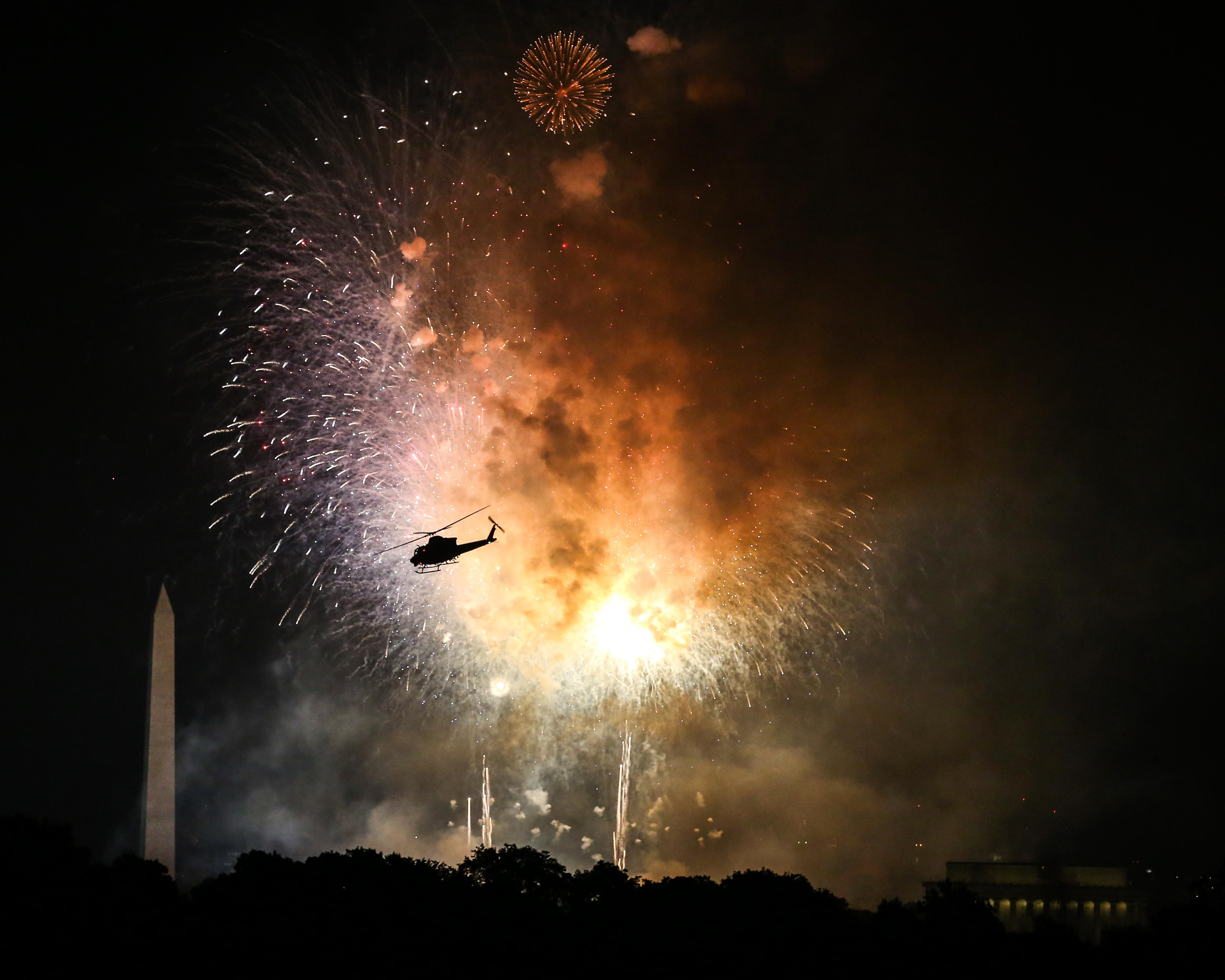 The 4th of July celebration was gorgeous, but that pilot probably had the best view.{&nbsp;}(Amanda Andrade-Rhoades/DC Refined)<p></p>