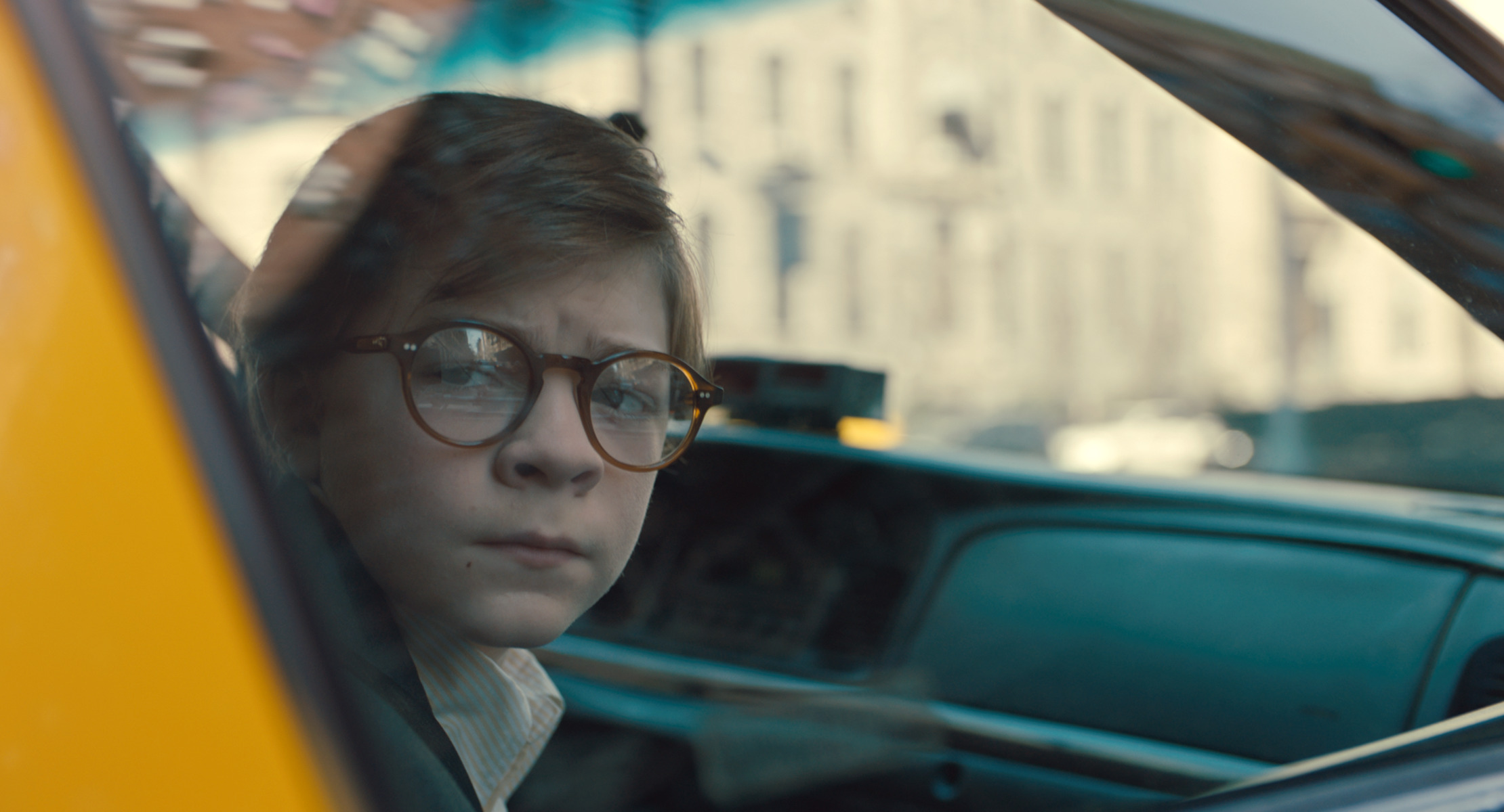 OAKES FEGLEY as Young Theo Decker in Warner Bros. Pictures' and Amazon Studios' drama, THE GOLDFINCH, a Warner Bros. Pictures release.{ }(Image: Warner Bros)