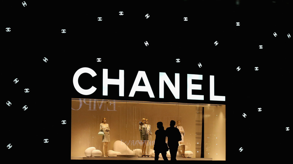 Chanel celebrates cinema industry to cap Paris Fashion Week