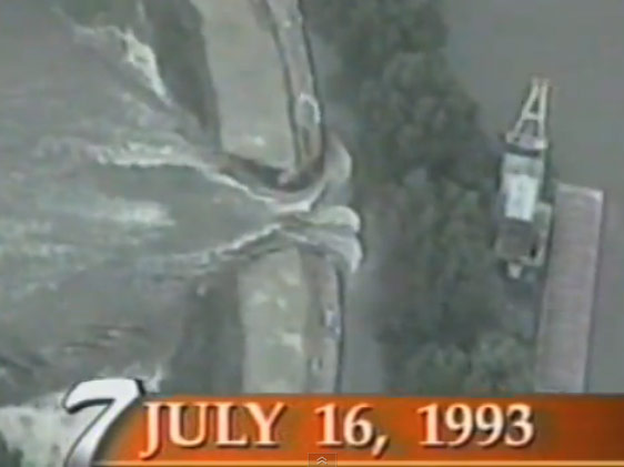 Original footage from the breaking of the West Quincy levee in 1993.