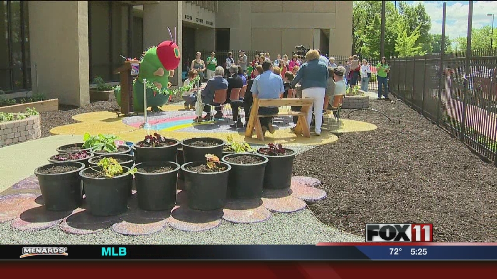 Edible garden unveiled at Brown County Central Library