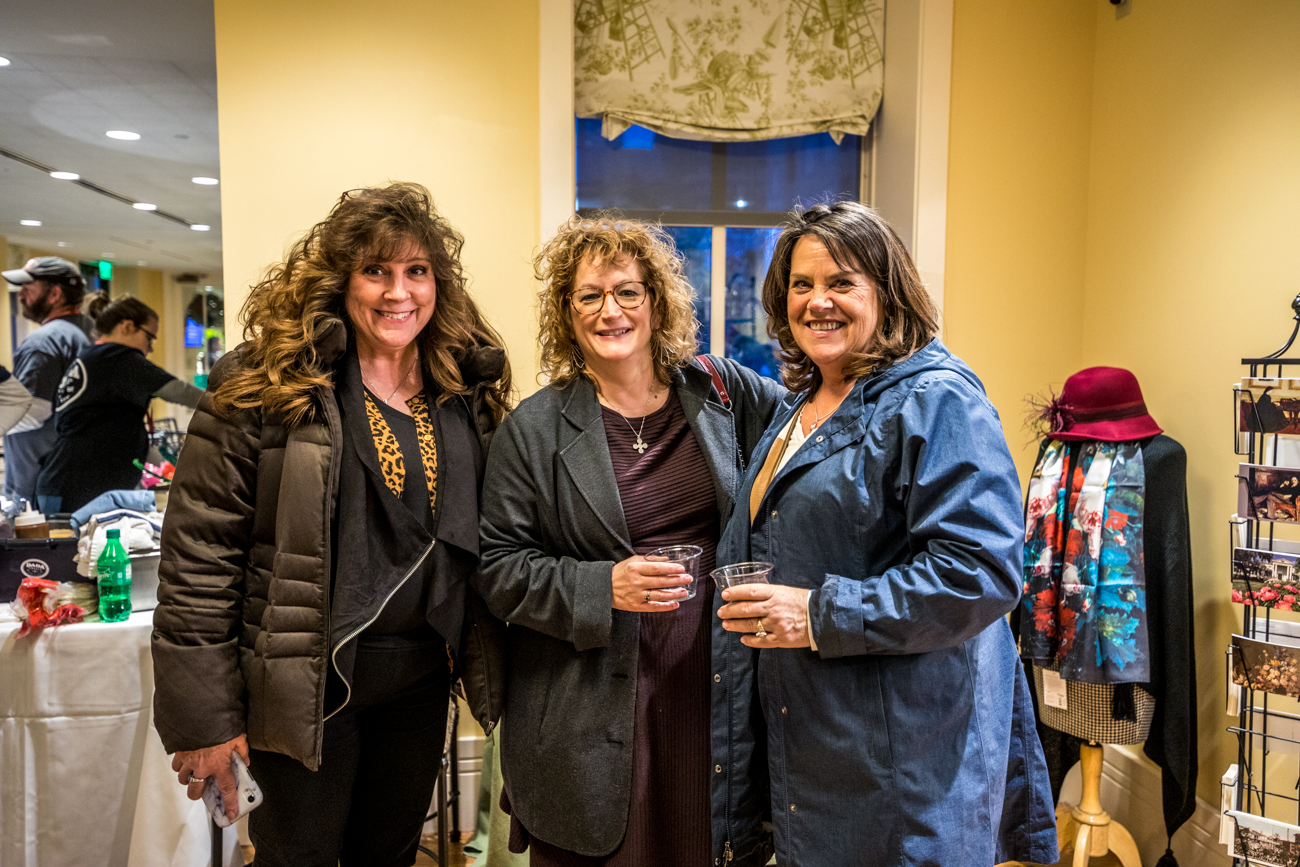 Chris Willis, Linda Muth, and Terri Boeing / Image: Catherine Viox // Published: 12.13.19