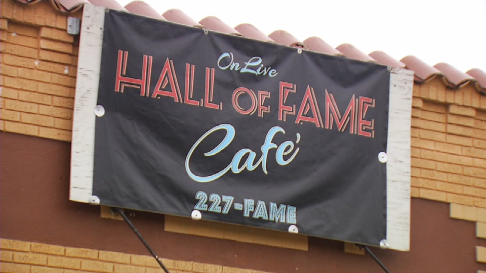 This week's Blue Plate Award goes to Onlive Hall of Fame Cafe (News 4 San Antonio)<p></p>