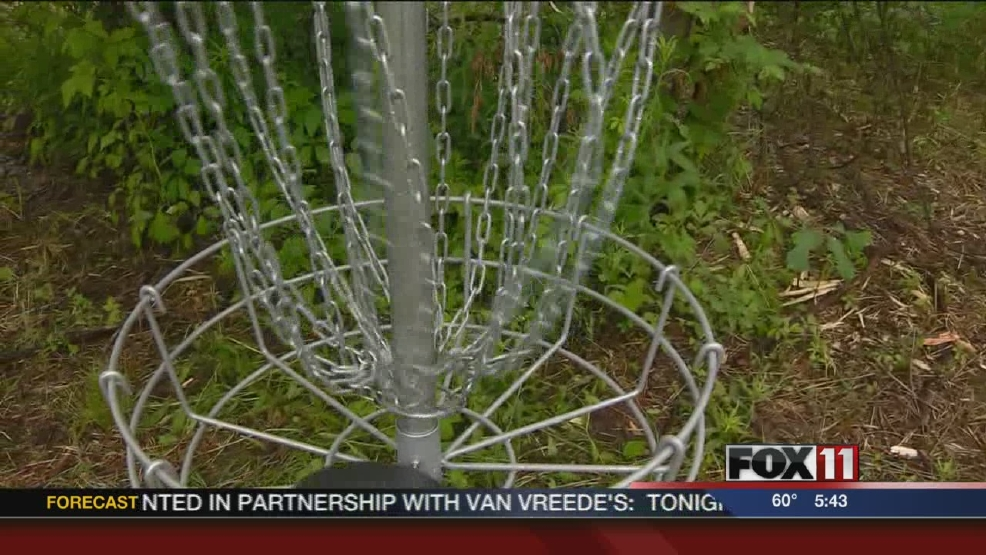 Disc golf course opens in Allouez
