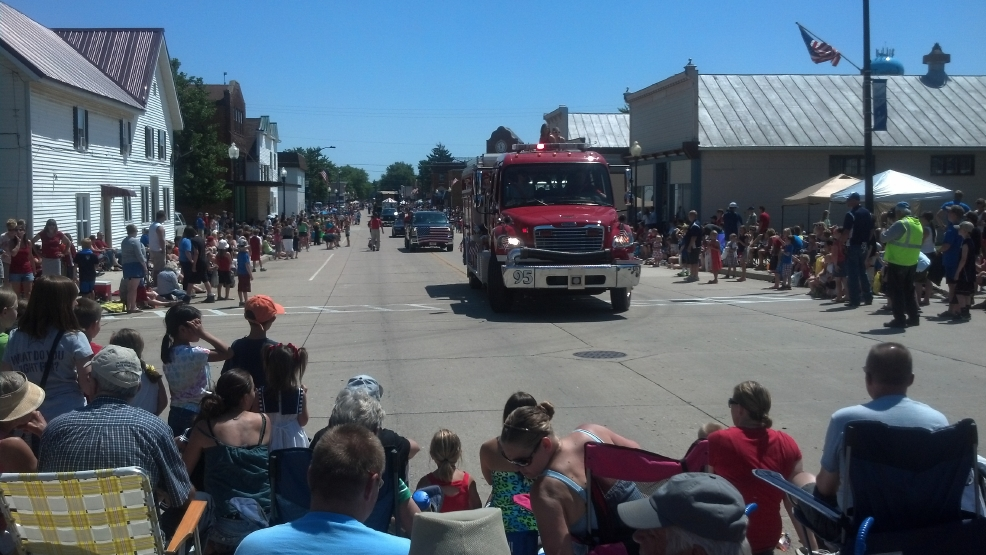 Thousands watch the 56th annual Fourth of July Parade in Hilbert