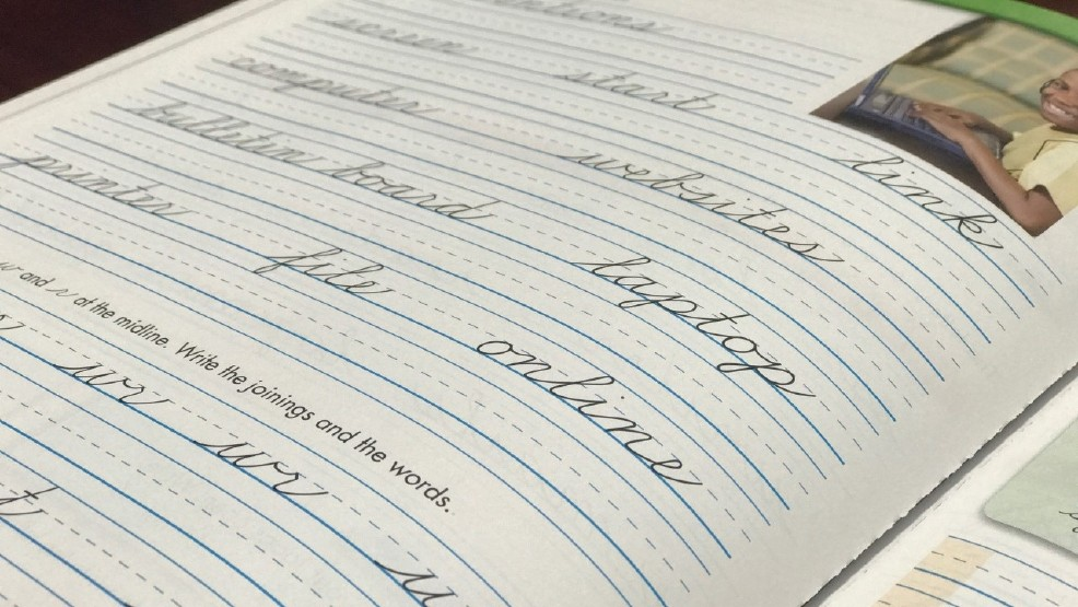 Illinois lawmakers require cursive writing for students (WSBT)