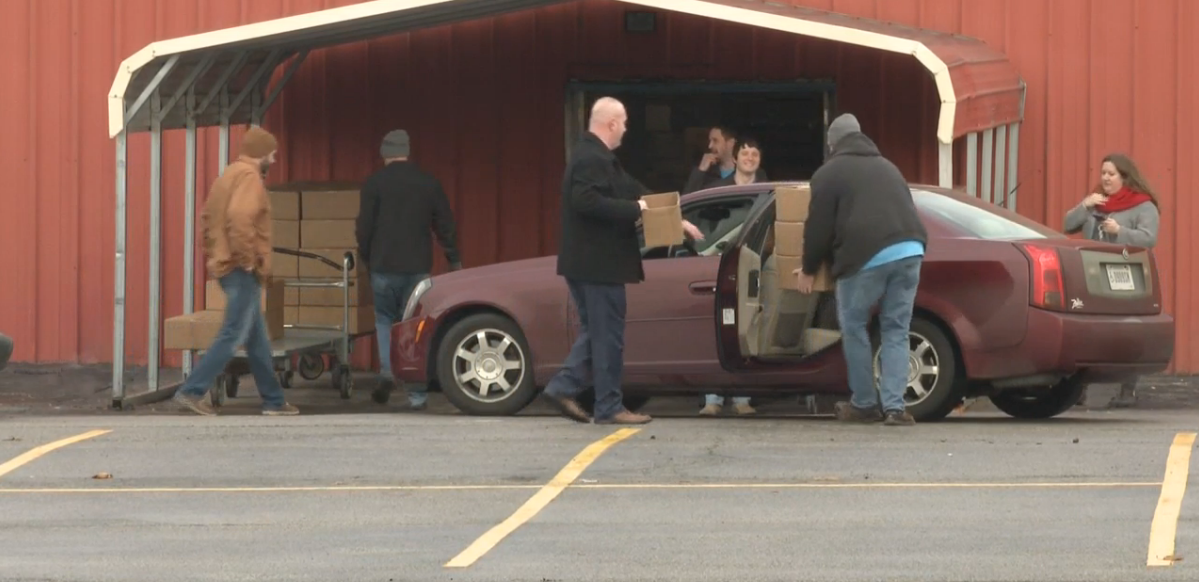 Four Winds Casinos gives food baskets to families in need for holidays. // WSBT 22