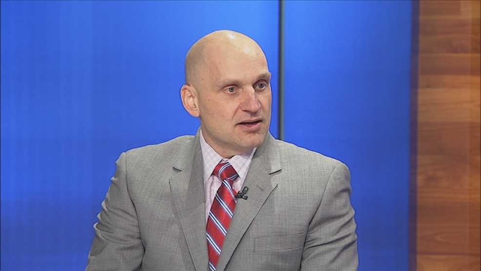 Green Bay Gamblers coach Derek Lalonde talks hockey on the FOX 11 Sports Edge.