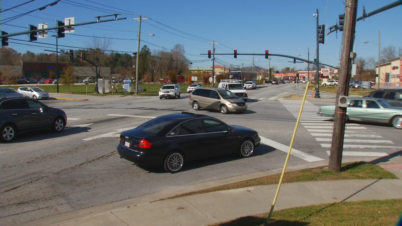The North Carolina Department of Transportation plans to improve a section of White Street in Hendersonville. On Thursday evening, the NCDOT held a meeting to hear public comments and concerns regarding the roadwork. (Photo credit: WLOS staff)
