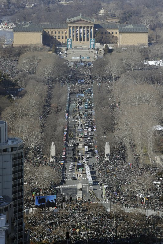 <p>The Philadelphia Eagles parade up the Benjamin Franklin Parkway towards the Philadelphia Museum of Art, rear, during a Super Bowl victory parade, Thursday, Feb. 8, 2018, in Philadelphia. The Eagles beat the New England Patriots 41-33 in Super Bowl 52. (AP Photo/Matt Slocum)</p>