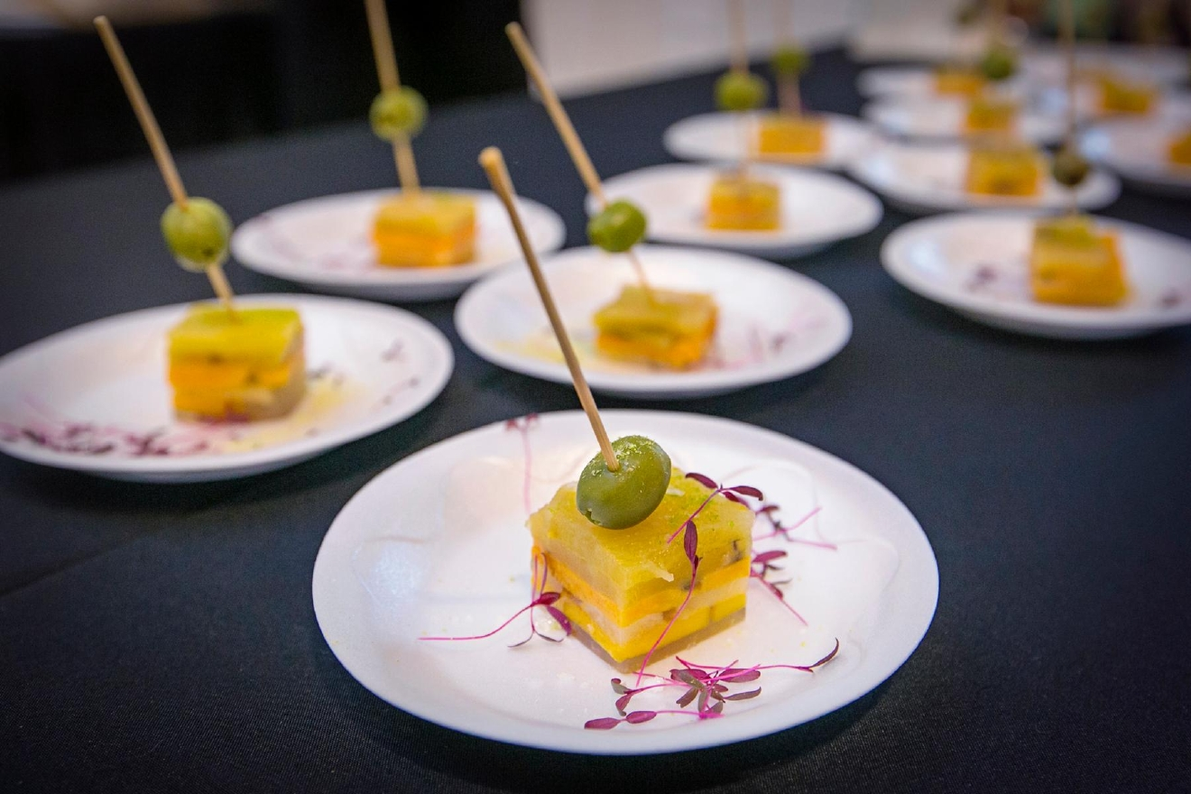 The 11th annual Art of Food took place at The Carnegie in Covington on Friday, Feb. 24, 2017. The event included bite-sized dishes from 20 chefs around the Tristate, visual displays of food-centric art, and one indescribable performance with a cast of colorful characters. / Image: Mike Bresnen Photography // Published: 2.25.17