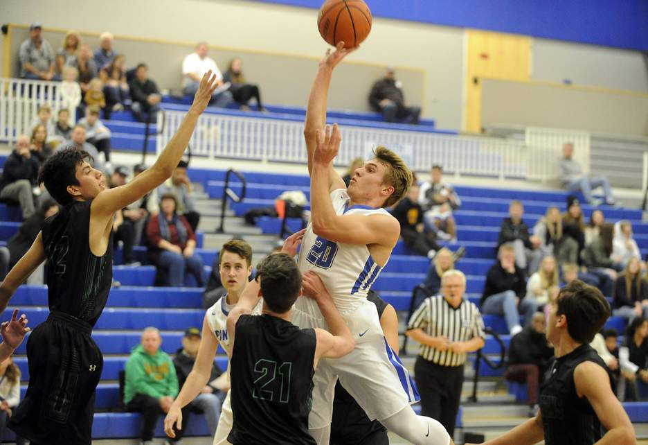 South vs Red Bluff in 28th annual Abby's Holiday Classic at South Medford High 12-27-17. Red Bull 74, South Medford 63 - Andy Atkinson