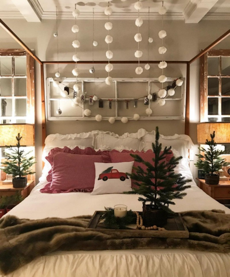 Festive Holiday Decorating Ideas (Image: The Design Twins)<p></p>