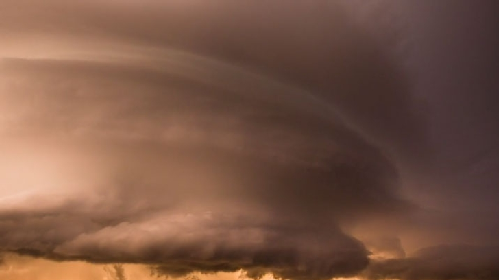 Watch: Amazing supercell storm spins like a top