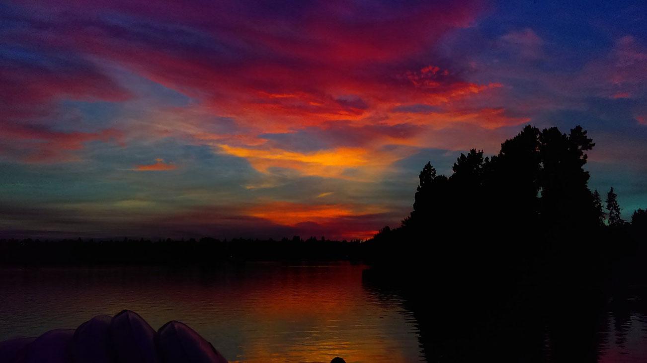 Photos  Epic Sunset Marks End Of Summer Heat Spell Around