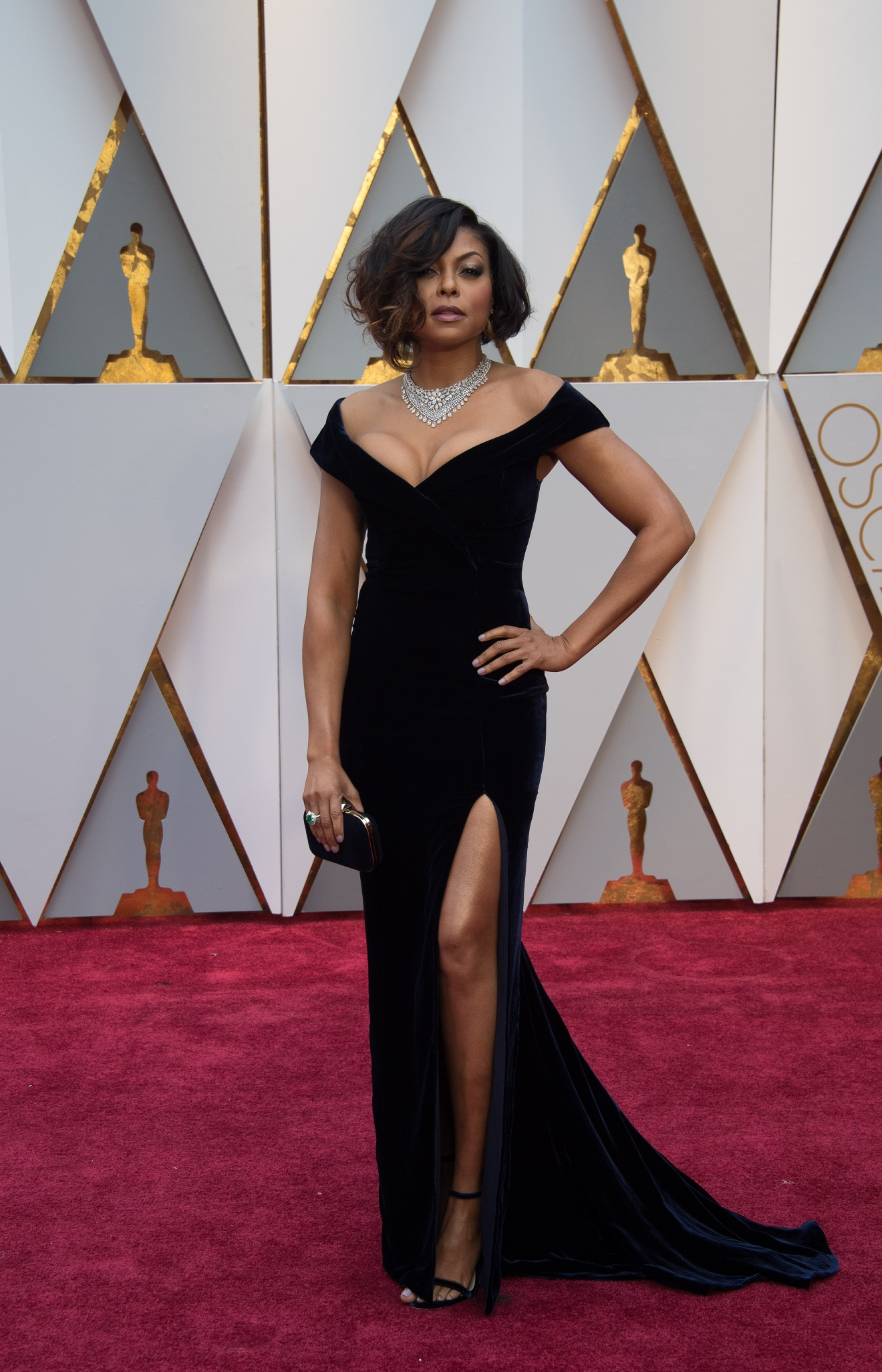 Taraji P. Henson arrives at The 89th Oscars® at the Dolby® Theatre in Hollywood, CA on Sunday, February 26, 2017. (©A.M.P.A.S.)