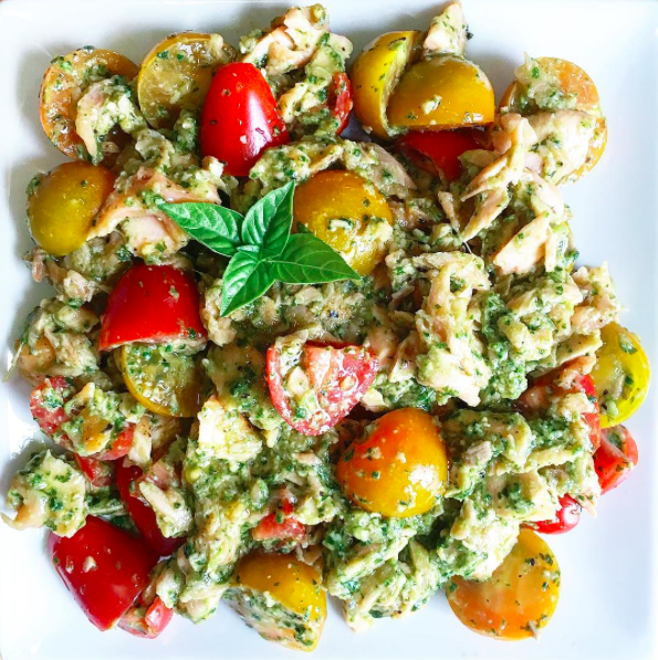 IMAGE: IG user @justyniak / POST: Leftover Salmon, Pesto and Grape Tomatoes Salad #homemade #dinner #food