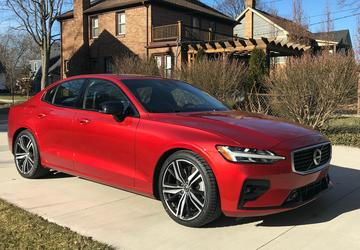 2019 Volvo S60 T6 R-Design: Driving comfort made in the USA [Quick Take]